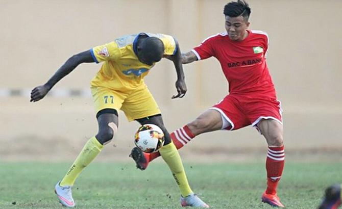 FLC Thanh Hóa, Sài Gòn FC, giành chiến thắng,  tân binh ngoại
