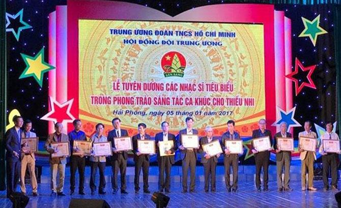 Hai nhạc sĩ, Bắc Giang, tuyên dương, sáng tác, ca khúc, thiếu nhi