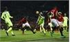 Ibrahimovic giúp Man Utd thoát thua Liverpool