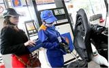 Tiếp tục tăng giá các mặt hàng dầu, giữ nguyên giá xăng RON 92 và E5
