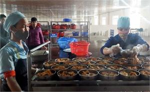 Quản lý an toàn thực phẩm: Tăng trách nhiệm để giảm nguy cơ