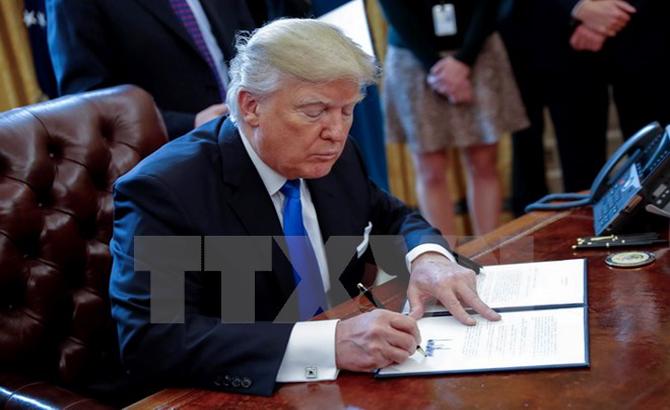 Ông Donald Trump, ký sắc lệnh, xây bức tường, biên giới , Mỹ-Mexico