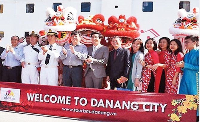 Foreign visitors to Vietnam increase sharply during Tet