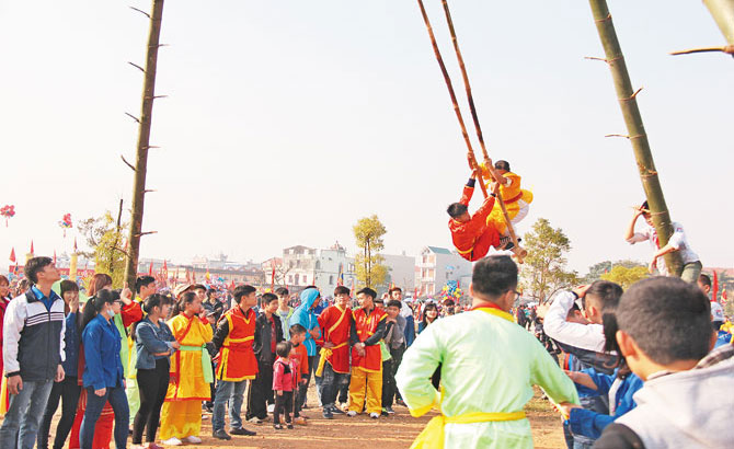 Swing-riding game in spring festivals