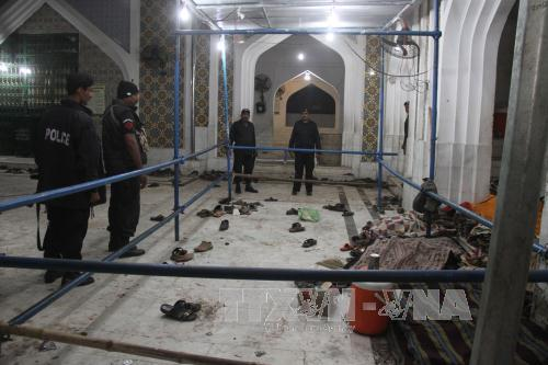 Đánh bom, thảm khốc, đền thờ, Pakistan, thiệt mạng