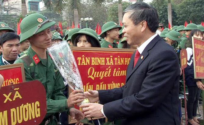 kỷ niệm, 70 năm, Ngày thành lập LLVT huyện Lục Ngạn, tập trung, quốc phòng, toàn dân, vững mạnh
