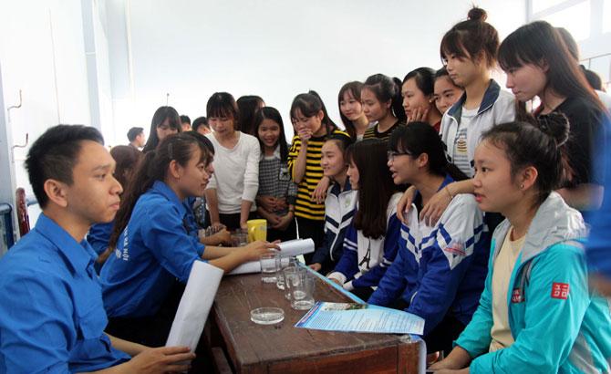 Tư vấn hướng nghiệp cho học sinh phổ thông