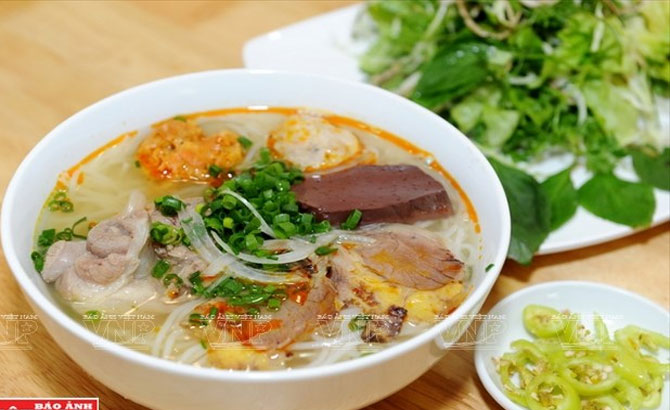 Bun Bo Hue - most delicious noodle soup