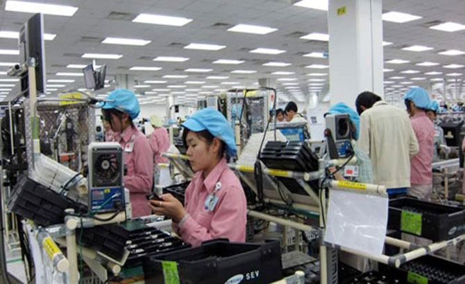 Foreign-invested sector leads in industrial production value
