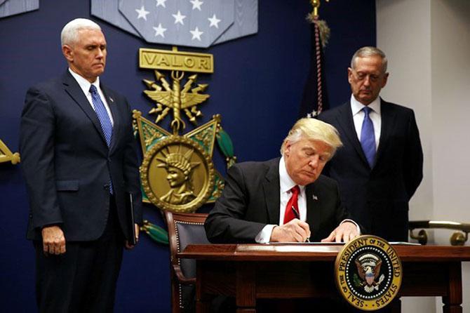 Cuộc chiến, pháp đình,  mối lo ngại, khủng bố, thổi phồng, Tổng thống Mỹ, sắc lệnh