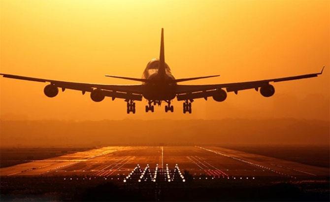 Vietnam enters world top four in flight safety