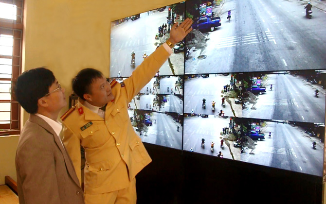 Hiệp Hòa xử lý vi phạm giao thông qua camera giám sát
