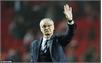 Lo xuống hạng, Leicester City sa thải HLV Ranieri