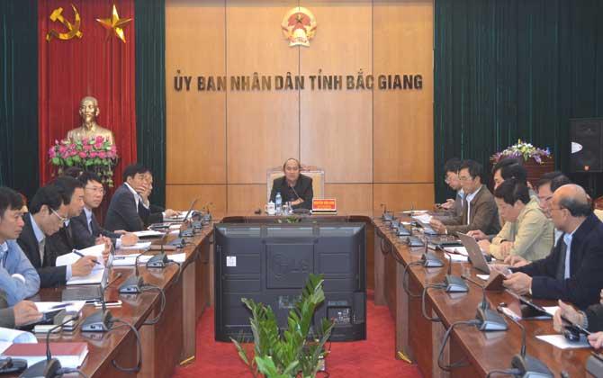 Giao ban , tháng 2, Chủ tịch UBND tỉnh, Nguyễn Văn Linh, chỉ đạo, định kỳ,đánh giá ,kết quả ,thực hiện, nhiệm vụ, người đứng đầu