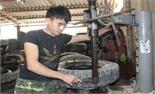 Tái chế lốp xe thành vật dụng hữu ích