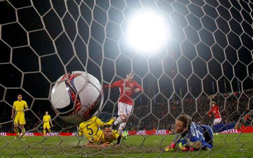 Man Utd, cầm hòa, trận đấu, cầu thủ sân vận động