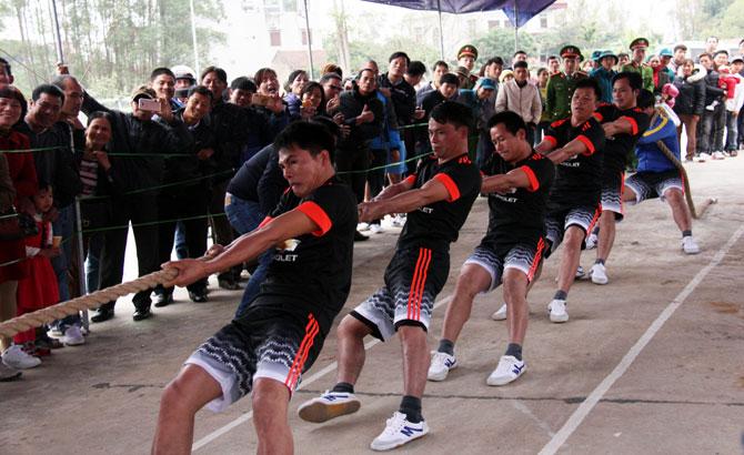 Huyện Lục Ngạn,  vô địch,  giải kéo co