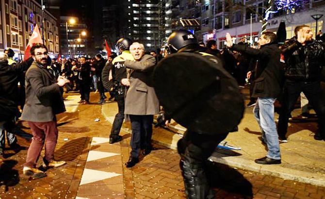 Leo thang, căng thẳng, ngoại giao, Thổ Nhĩ Kỳ, EU