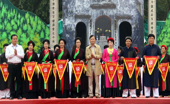 Liên hoan, hát quan họ, huyện Việt Yên,  Núi Hiểu,  Quang Châu, giành giải đặc biệt