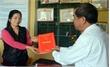 Tân Yên trang bị sổ họp cho đảng viên khu vực nông thôn