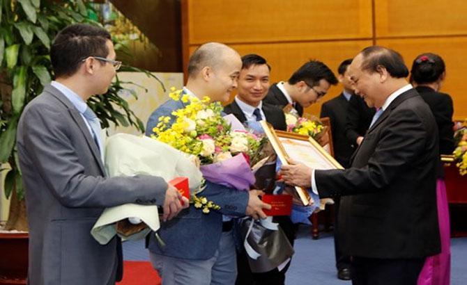 Thủ tướng, gặp mặt, Gương mặt trẻ, Việt Nam, tiêu biểu, 2016