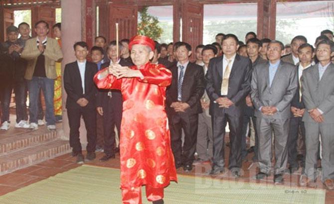 """""""Hang khoa"""" – A cultural identity of Phuc Lam village"""