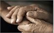 Tê tay cảnh báo cơ thể đang gặp vấn đề về sức khỏe