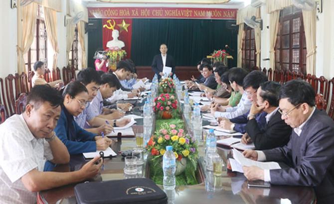 Phó Chủ tịch Thường trực UBND tỉnh Lại Thanh Sơn kiểm tra công tác bảo đảm trật tự ATGT tại huyện Lục Ngạn