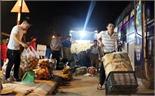 Nhộn nhịp chợ Mía về khuya