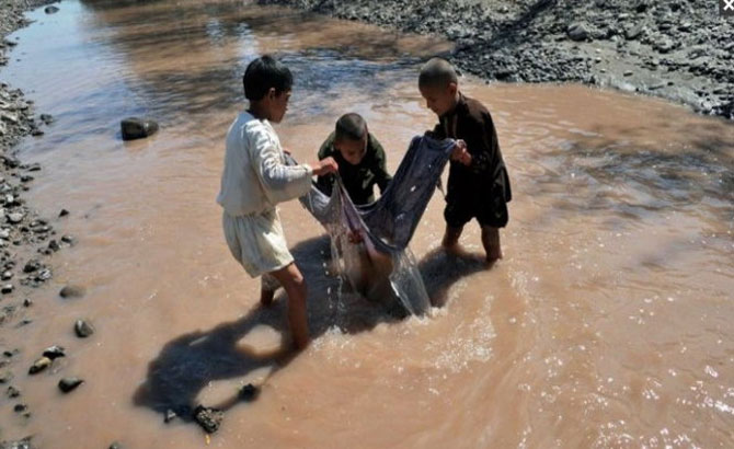 2 tỉ người, thế giới, nước nhiễm bẩn