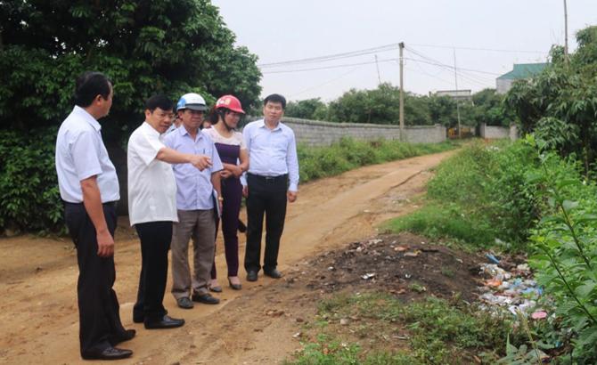 Phó Chủ tịch UBND tỉnh, Dương Văn Thái, kiểm tra, công tác, vệ sinh, môi trường,  Lục Ngạn
