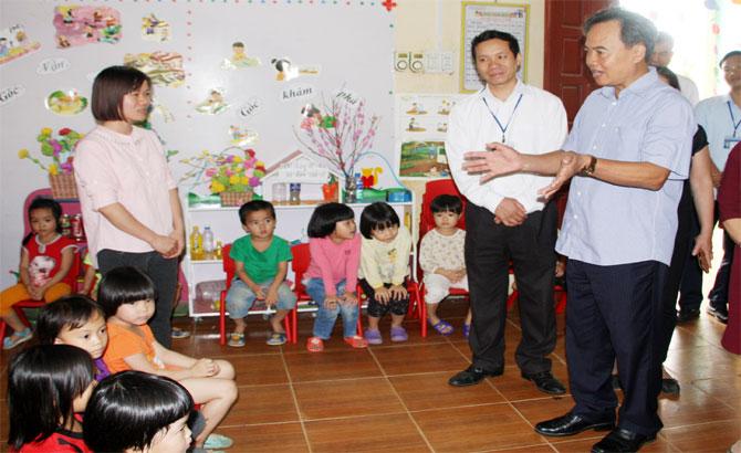 Chủ tịch UBND tỉnh, Nguyễn Văn Linh, quan tâm, đầu tư, cơ sở, vật chất, trường lớp