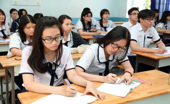 Bốn học sinh, xuất sắc, được miễn, thi THPT, quốc gia