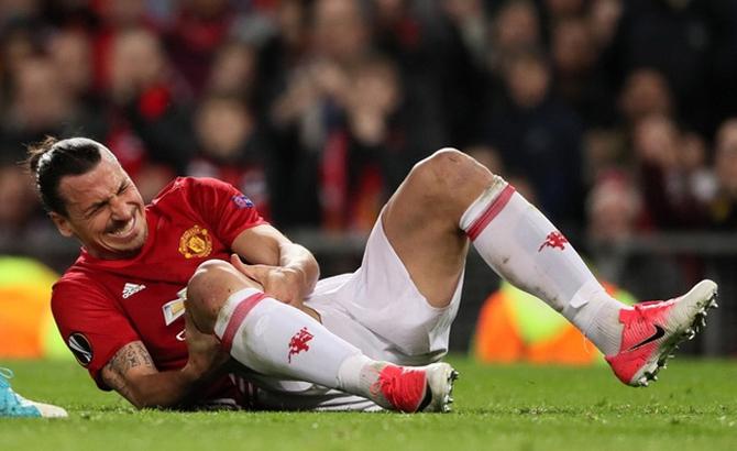 Ibrahimovic, chấn thương, nặng,  nguy cơ,  nghỉ thi đấu,  hết mùa
