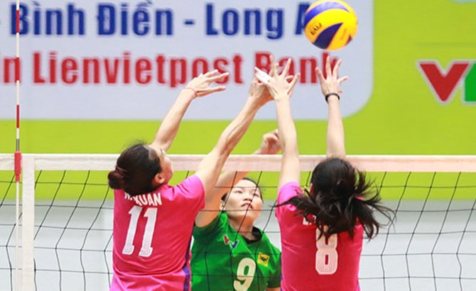 International women's volleyball tourney opens