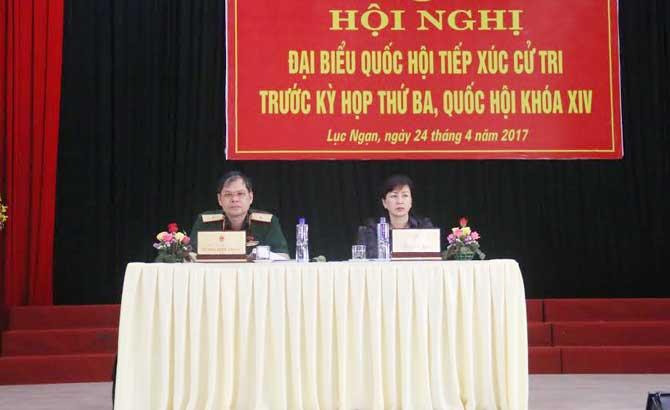 Đại biểu Quốc hội tiếp xúc cử tri Lục Ngạn