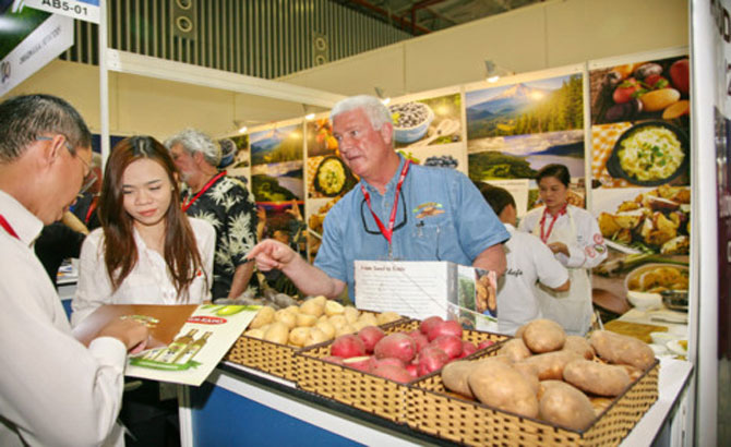 Biggest food, beverage expo in Vietnam opens its doors