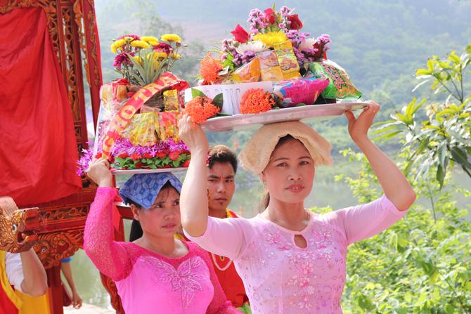 Suối Mỡ, lễ hội, rước lễ, Lục Nam, hát văn