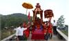 Đặc sắc nghi thức rước kiệu, lễ vật tại Lễ hội đền Suối Mỡ