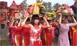 Hàng nghìn người tham gia rước lễ  tại hội đền Suối Mỡ