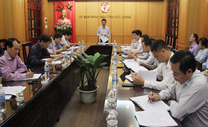 Bac Giang speeds up construction of housing for workers, environment treatment around IPs