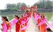 Suoi Mo Temple Festival teeming with tourists