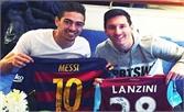 """Lionel Messi công bố bộ sưu tập """"khủng"""" áo đấu của đối thủ"""