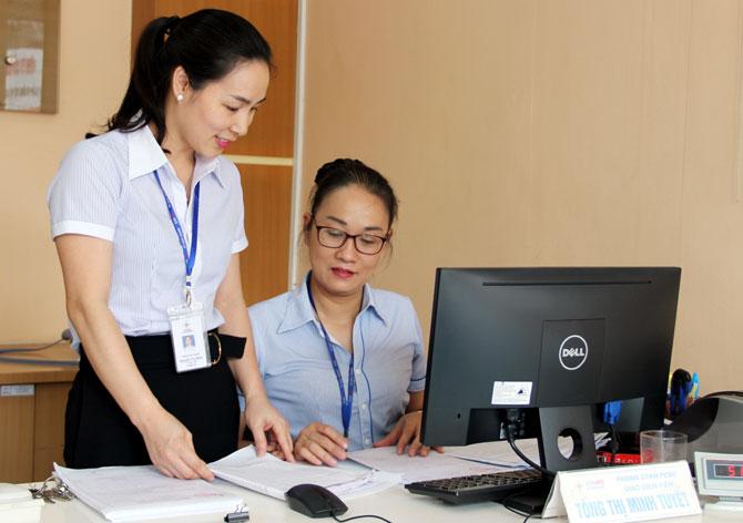 Hăng say,  lao động, sáng kiến, Nguyễn Thị Minh