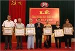 1.058 đảng viên được trao tặng, truy tặng Huy hiệu Đảng đợt 19-5