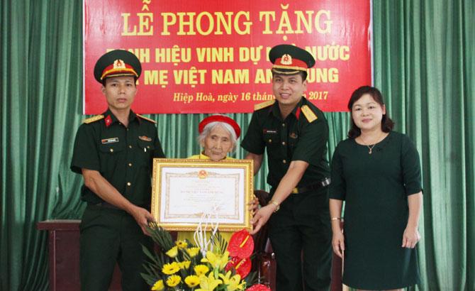"""Phong tặng, danh hiệu, vinh dự, Nhà nước, """"Bà mẹ Việt Nam anh hùng"""""""