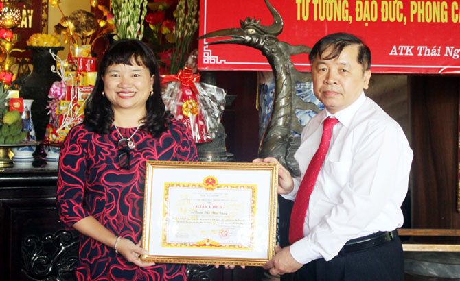 Bí thư, Đảng ủy hiến máu, 28 lần, Thân Thị Thu Thủy, Thọ Xương