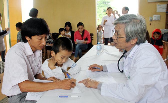 Tư vấn, định hướng,  điều trị, 50 bệnh nhi,  nhiễm chì