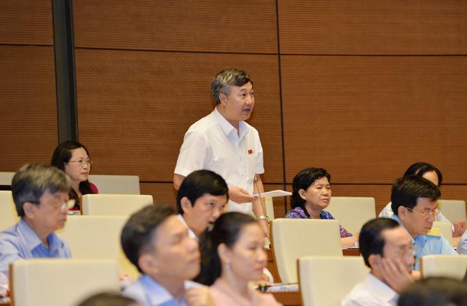 Kỳ họp thứ Ba, Quốc hội khóa XIV: Thảo luận dự án Luật Hỗ trợ doanh nghiệp nhỏ và vừa