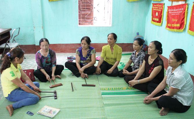 Việt Yên mở lớp dạy hát ca trù